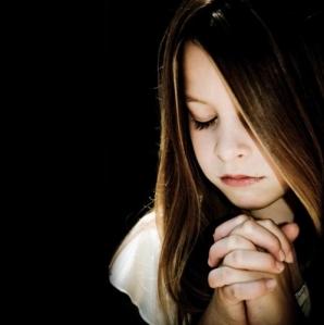 orang-kristen-berdoa